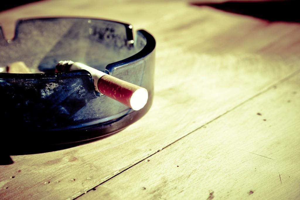 Smoking_CCO_Pixabay_2016_02_04